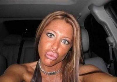 Duckface-selfie