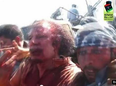 1-Gaddafi-paraded-murdered